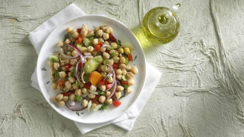 Σαλάτα με ρεβίθια