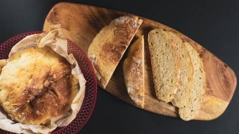 Ψωμί χωρίς ζύμωμα