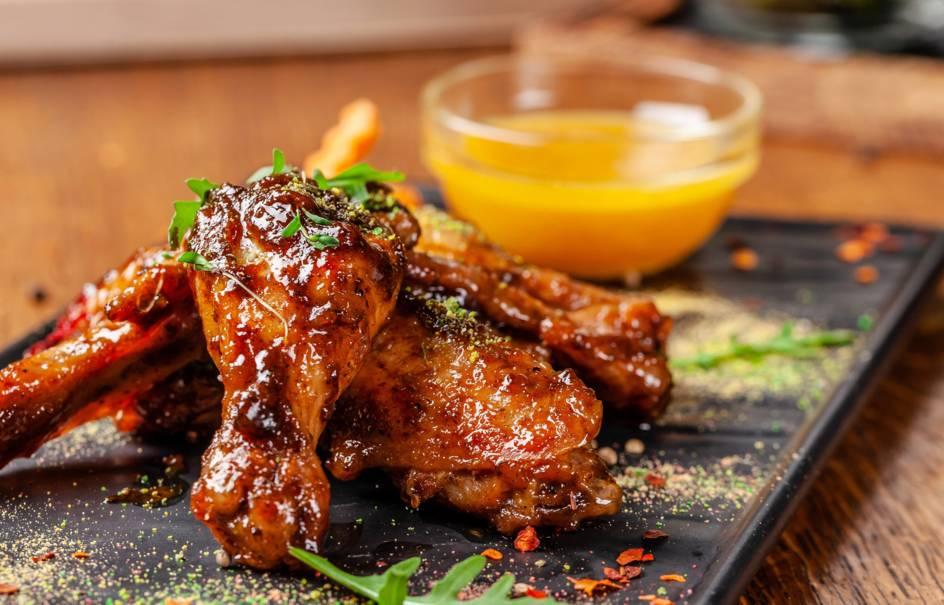 Μαρινάτα για ψητό κοτόπουλο με ούζο
