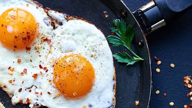 Πώς να τηγανίσεις το τέλειο αβγό